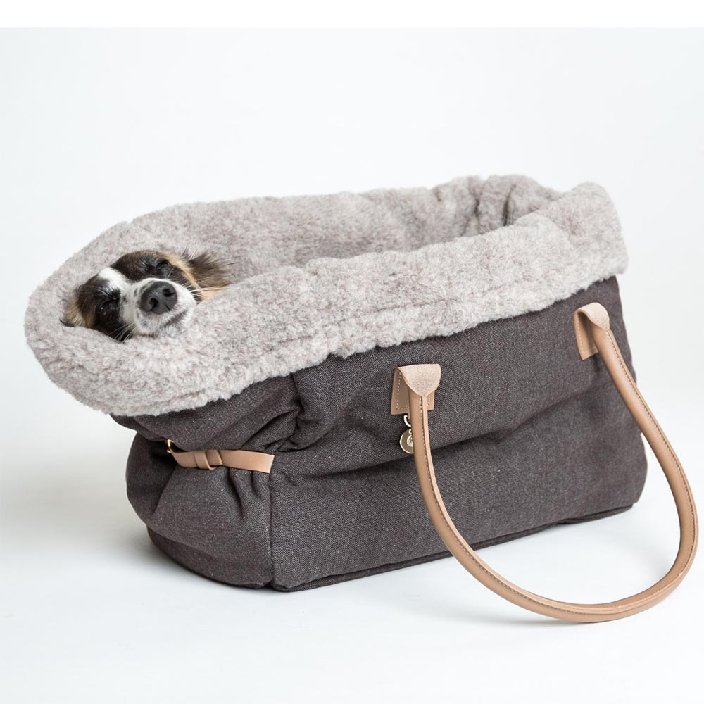 cloud7_dog_carrier_heather_brown-life3